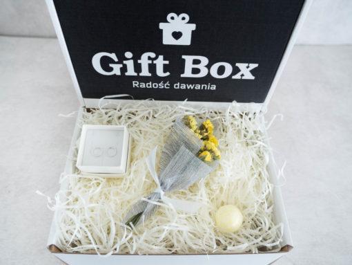"""Mały Box """"Żółty na topie"""""""