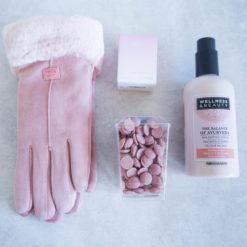 """Zimowy Box """"Różowe Rękawiczki"""""""